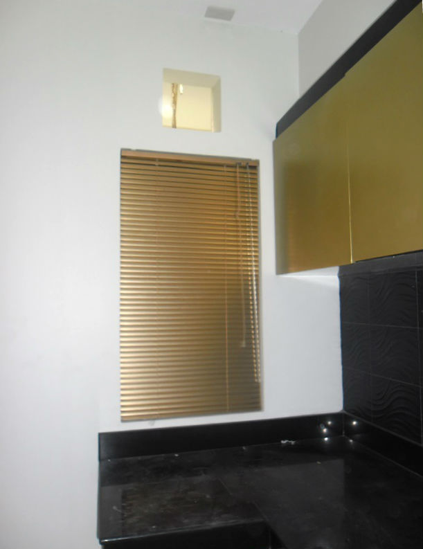 Mini Blinds: Goldstar 475