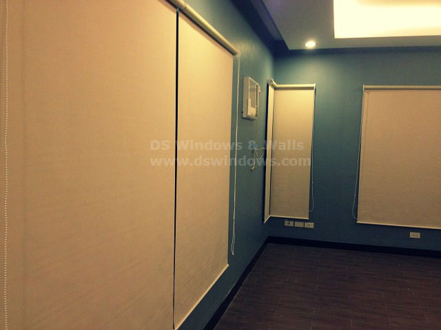 Roller Blinds for Conference / Meeting Room
