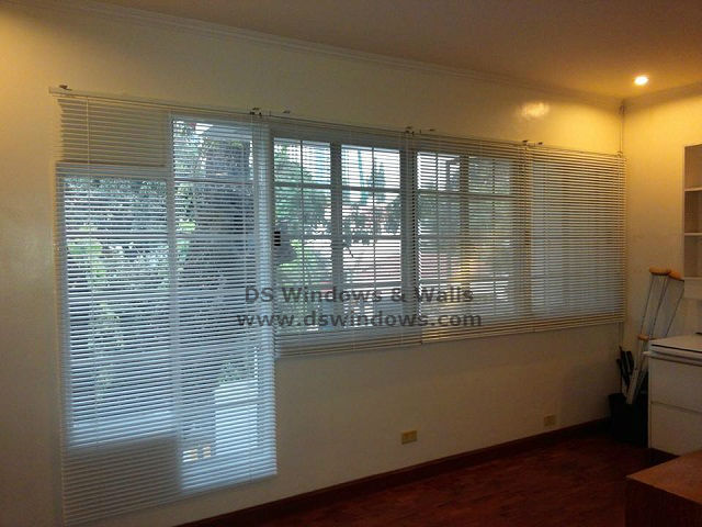 Mini Blinds - White Satin