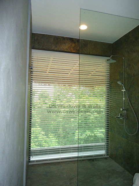 Waterproof foam wood blinds for large bathroom window for Blinds bathroom window