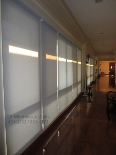 Quality Fabrics Of Roller Blinds Vs Curtains For Large Houses