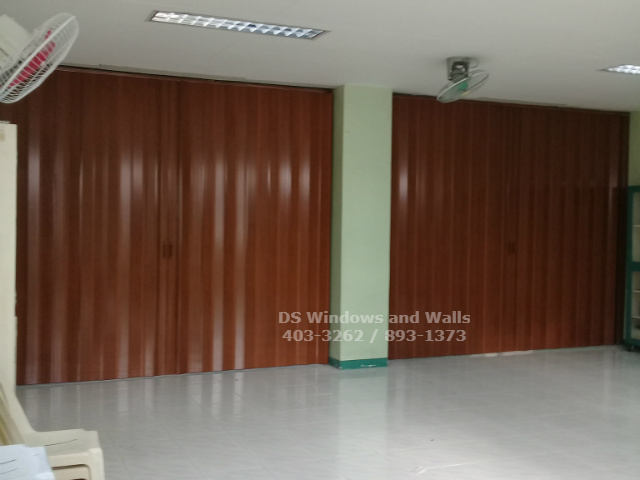 Room Dividers Pvc Accordion Doors For Schools And Universities